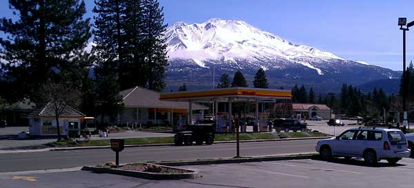 Mt Shasta on our travel's north