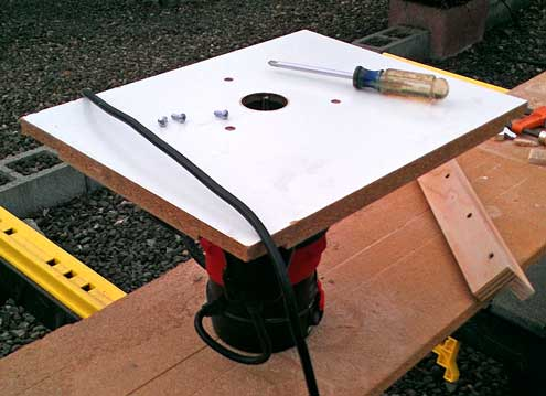 A simple router table design