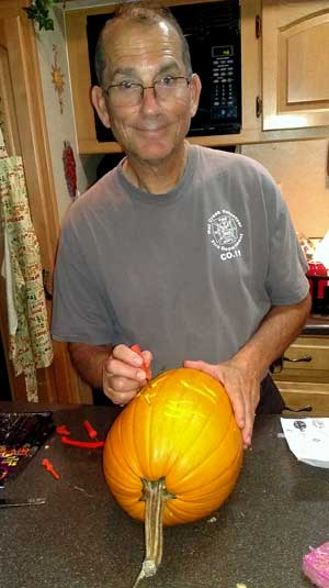 Learning how to carve a pumpkin