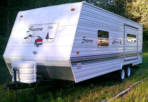 2003 25' Sierra Lite, one slide