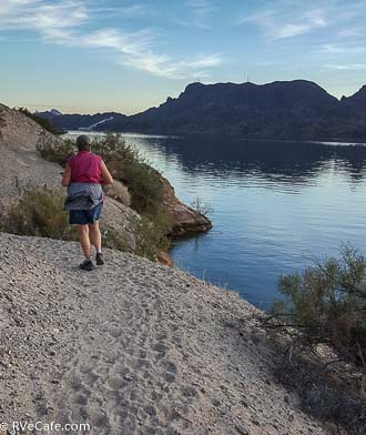 Hiking the trail along Lake Havasu