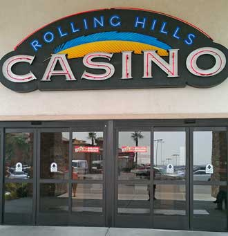 Rolling Hills Casino, Behind: The praying mantis I found