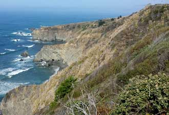 The California coast north of Fort Bragg, Behind: Panorama from Highway 1