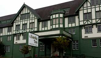 Eureka Inn, Behind: Eagle Inn