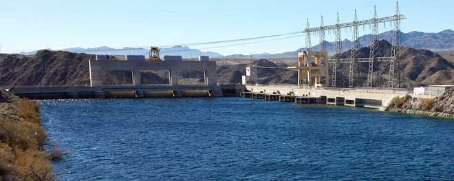 Davis Dam power generation, Behind: Lake Mohave behind Davis Dam