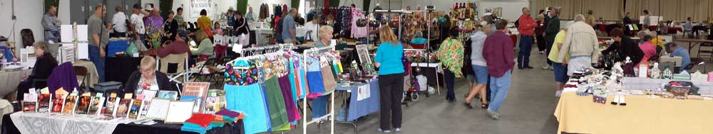 Art and Craft show in Yuma, Behind: Panorama of the show