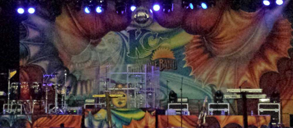 Waiting for KC, Behind: KC and the Sundshine Band are on stage