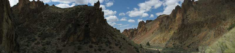 The road through Leslie Gulch