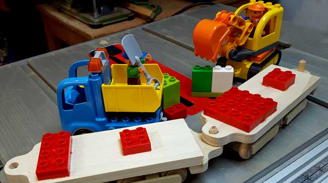 Another train car idea using Duplo kits