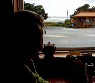 Breakfast at Drift Inn, Yachats