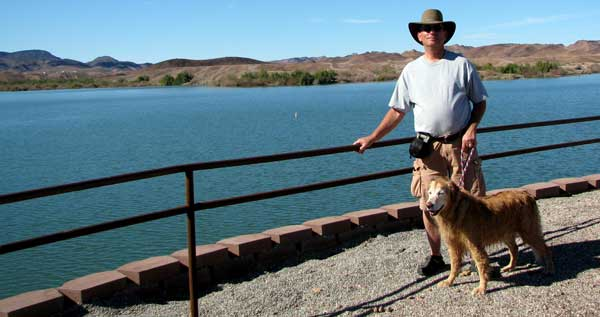 Dale and Morgan at Imperial Dam Reservoir