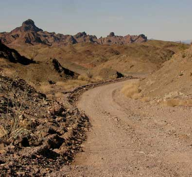 The road to Picacho State Park