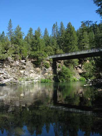 Walking bridge over the North Yuba River at Rocky Rest Campground
