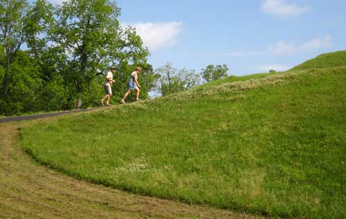 Gwen and Ralph climbing the Emerald Mound