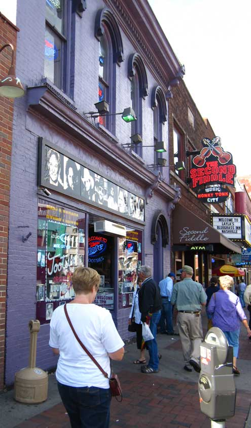 Tootsies honky tonk on broadway in downtown Nashville