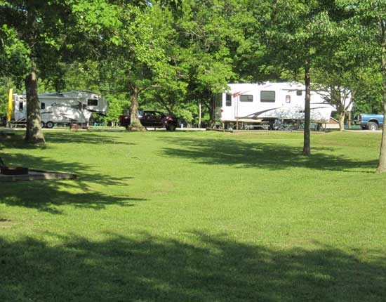 Parked at Holmes Bend COE campground