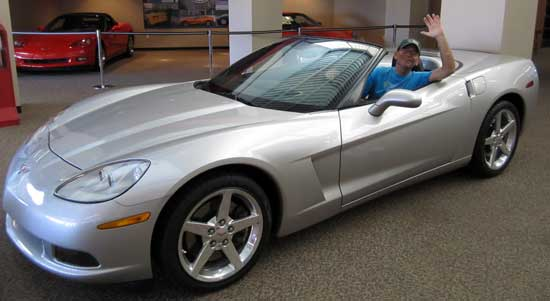 Dale tries out a Corvette, click to see Gwen in the 'vette