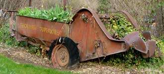 A Manure spreader as decoration
