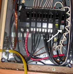 I will add a circuit by replacing the last breaker with a split breaker