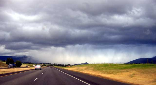 Storm coming into southern Oregon