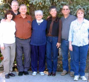 Sister Sandy and her husband Ed, Papa Dale, Mother Doris, Sister Dorana, Dale and Gwen