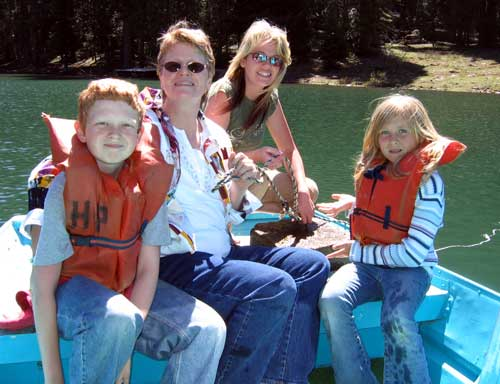 Gwen, Lesa, Courtney and Dustin on Mother's Day, 2006